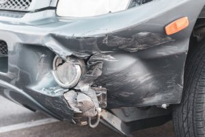 Portland, OR – One Killed & Two Injured in Head-On Crash on OR-219