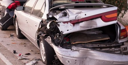 Portland, OR – Injuries Reported in Car Crash at SE 49th Ave and SE Hawthorne Blvd