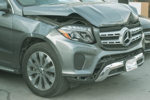 Portland, OR – Accident on E Burnside St near NE Cesar Chavez Blvd Leave Three Injured
